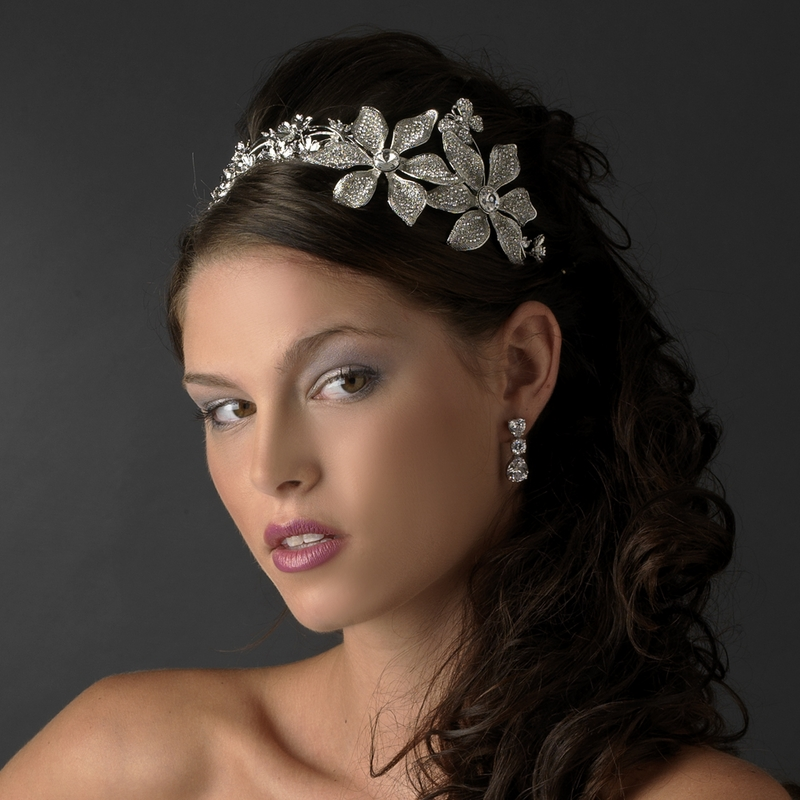 Flower Wedding Headpieces: Fabulous Bridal Headpiece Styles For Short-Haired Brides