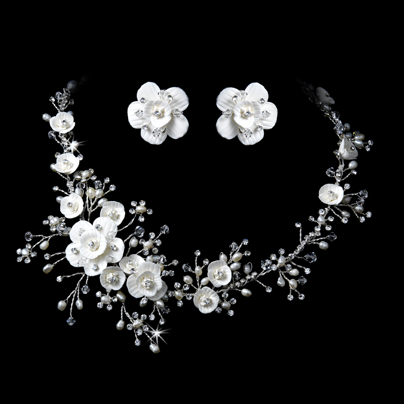 beautiful rhinestone and pearl bridal jewelry set elegant bridal hair accessories. Black Bedroom Furniture Sets. Home Design Ideas