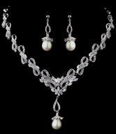 Pearl Wedding Necklace Set
