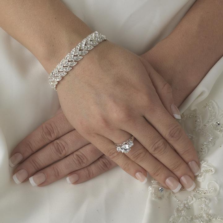 Elegant rhinestone bridal bracelet elegant bridal hair accessories elegant rhinestone bridal bracelet junglespirit Choice Image