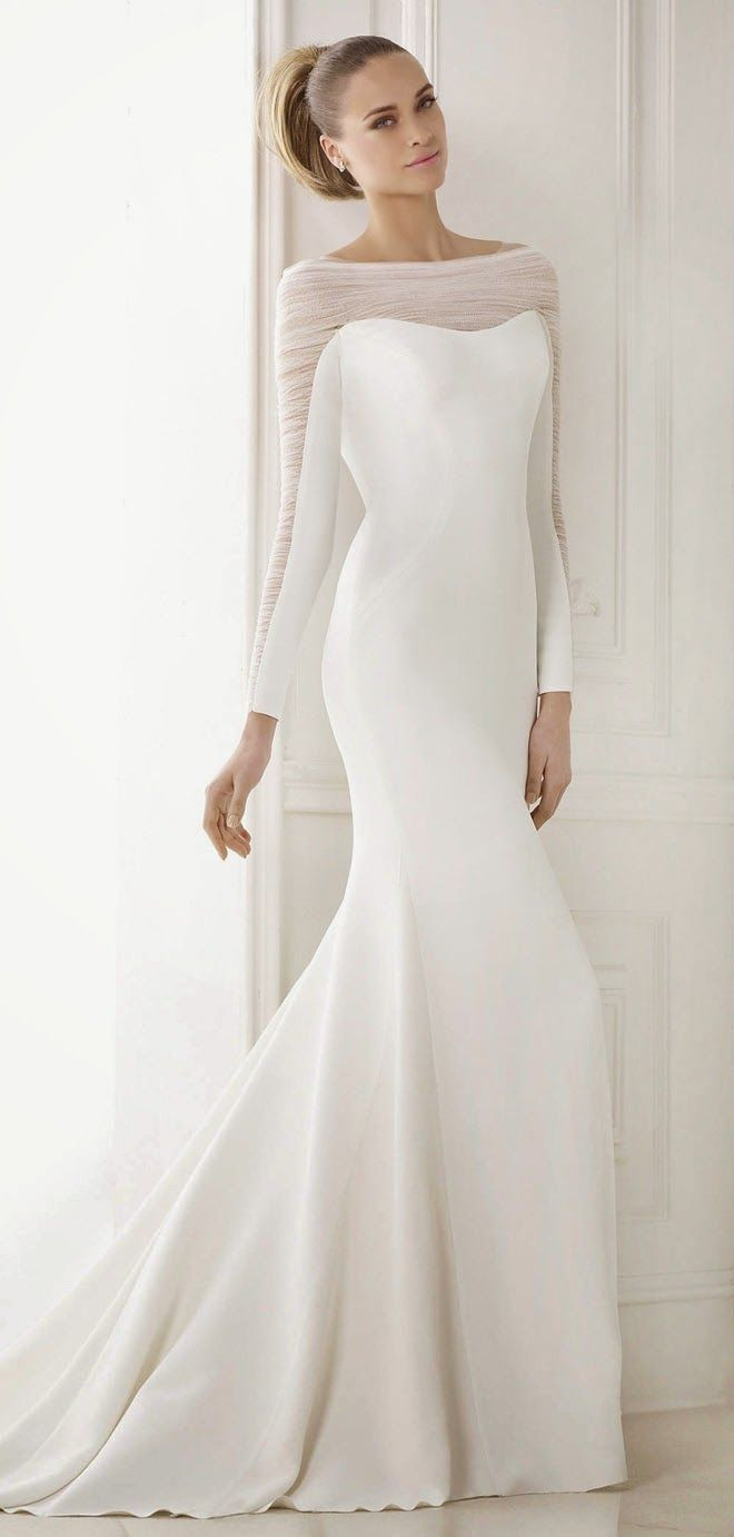 20 elegant simple wedding dresses of 2015 bridaltweet for Simple elegant short wedding dresses