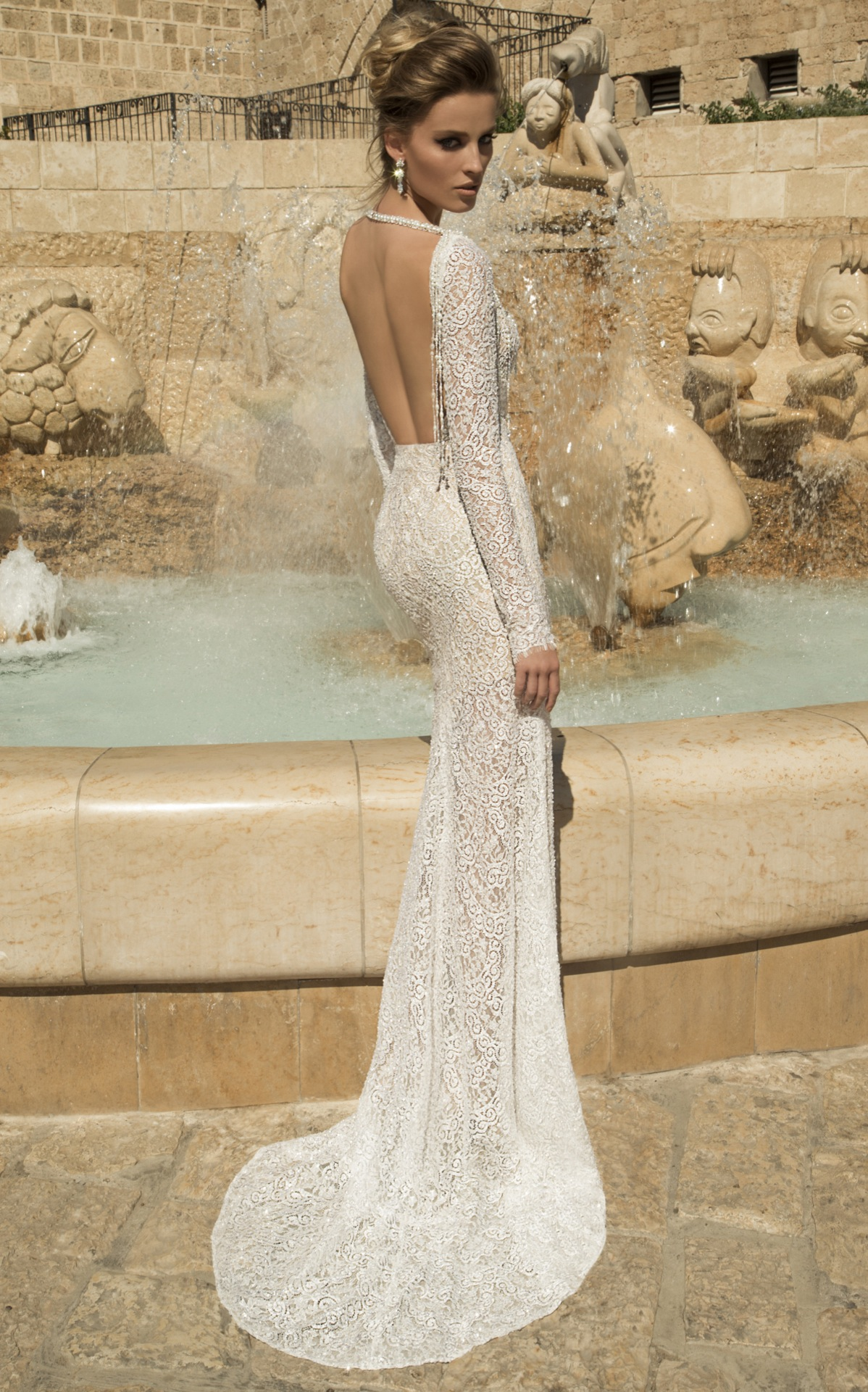 12 beautiful backless wedding dresses gowns backless wedding dress junglespirit Gallery