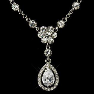 Drop Pendant Necklace Set