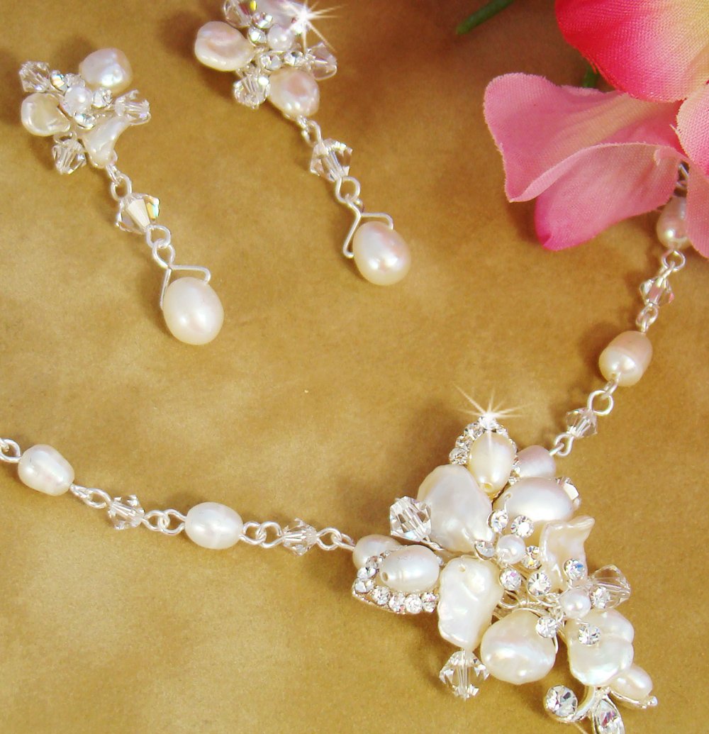 blushing freshwater pearl jewelry set elegant bridal. Black Bedroom Furniture Sets. Home Design Ideas