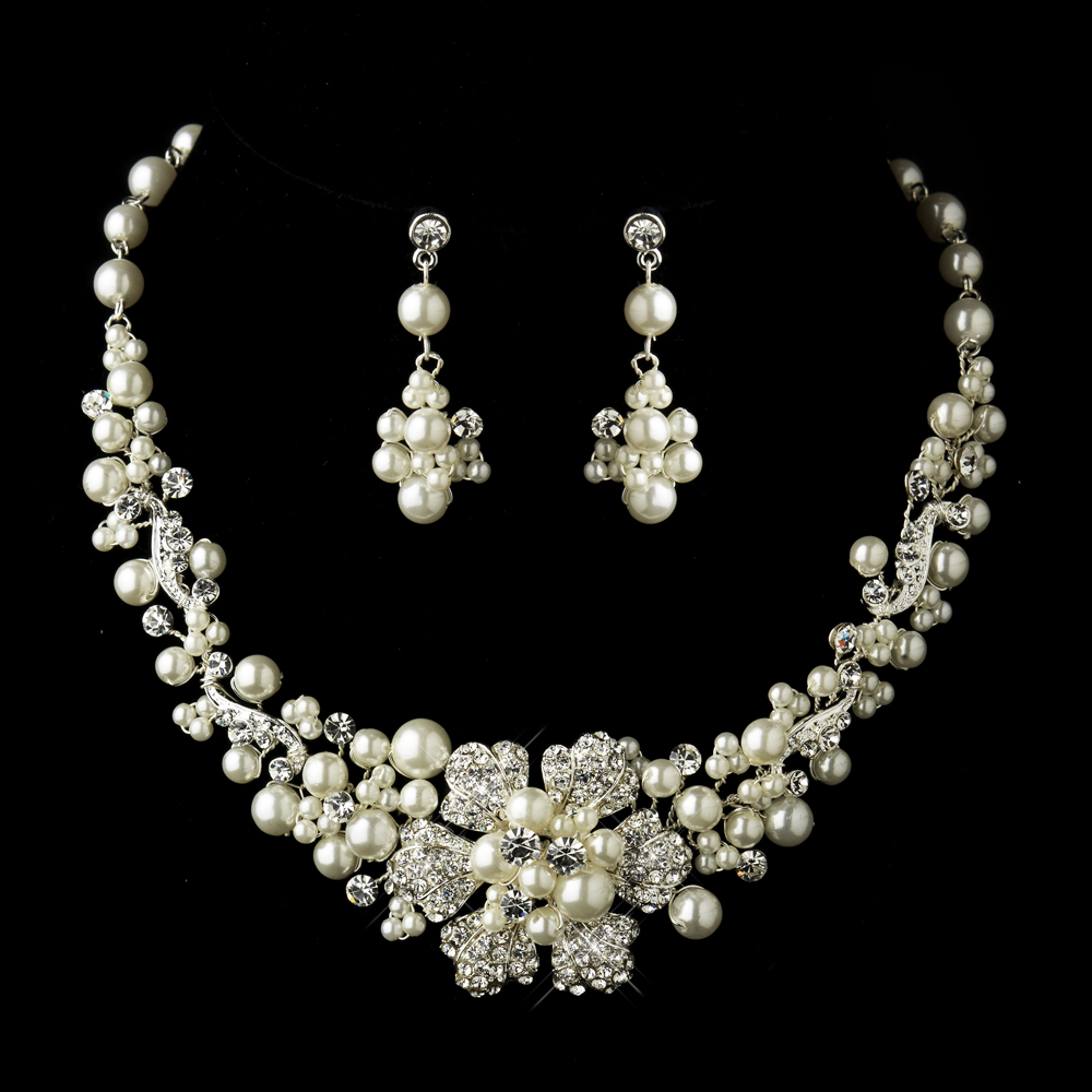 03d44a822c0df Lionetta Flower Bridal Jewelry Set